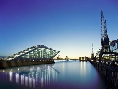 Geniale Räume für das Sm-CAMP direkt an der Fahrtrinne des Hamburger Hafens